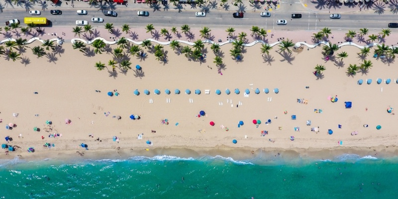 Why Move to Florida? Pros and Cons